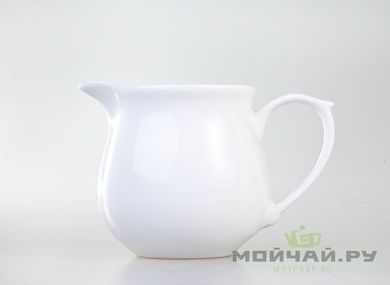 Pitcher # 559 porcelain 180 ml
