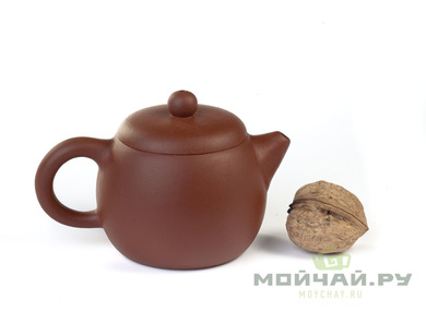 Teapot Yixing clay # 3735 180 ml