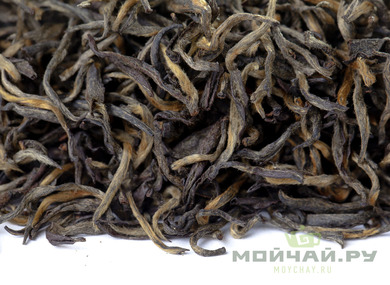 Red Tea Hua Xiang Jin 2017