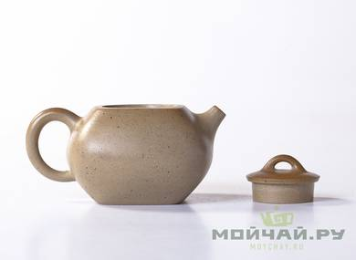 Teapot # 21633 yixing clay wood firing 176 ml