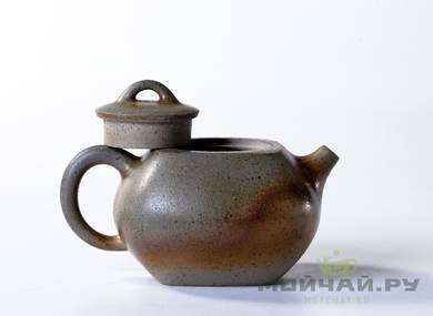 Teapot # 21634 yixing clay wood firing 176 ml