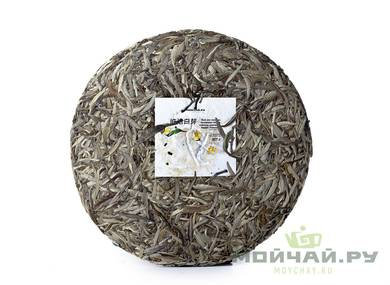Bai Hao Puer  from spring buds of tea trees Lincang county harvested and pressed 2018 moychayсom 350 g