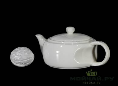 Teapot # 24080 porcelain 132 ml